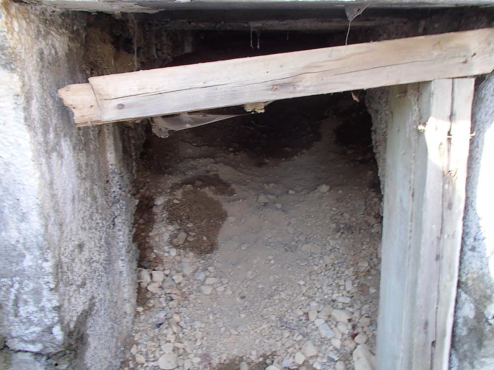 Entrée effondrée du bunker SP6