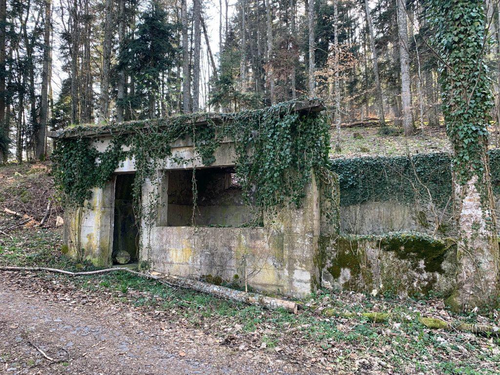 La cantine militaire allemande du Holzwasen à l'arrière du champ de bataille du Sudel.